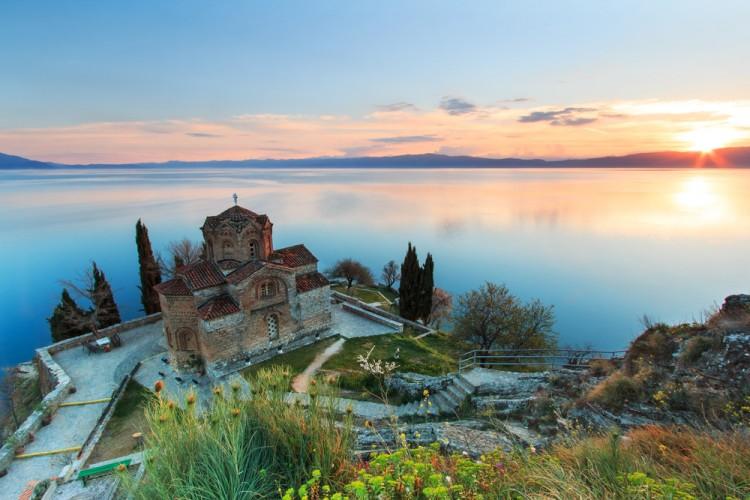 Atardecer en el lago Ohrid, símbolo de Macedonia