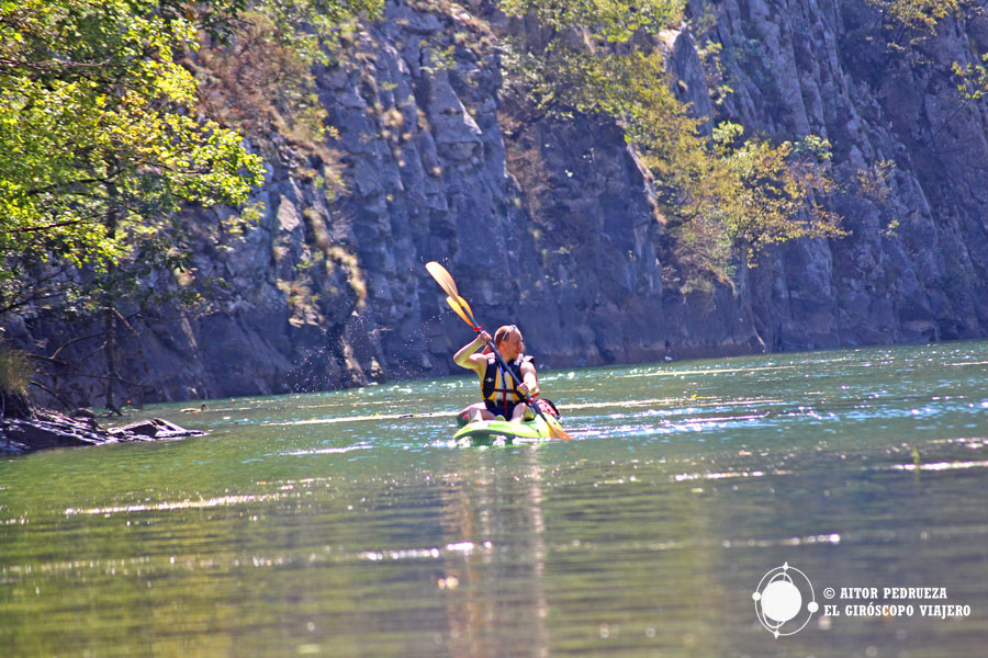 Kayak en el cañón Matka