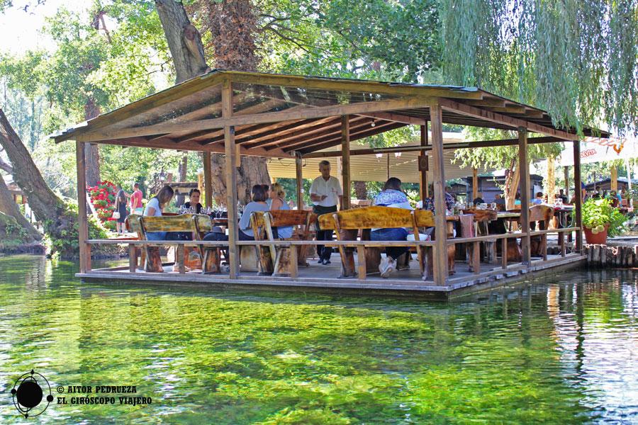 Restaurante Ostrovo en San Naum