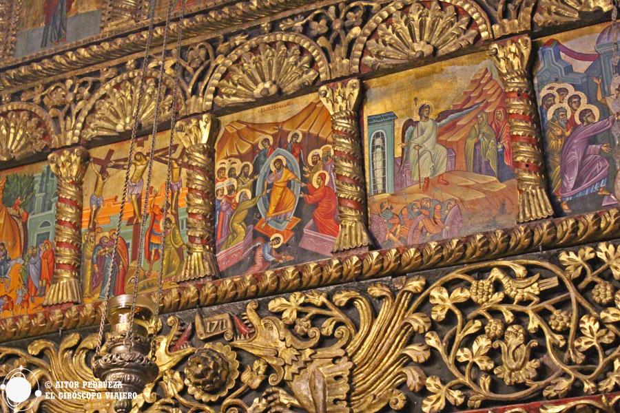 Iconostasio tallado en el monasterio de San Naum